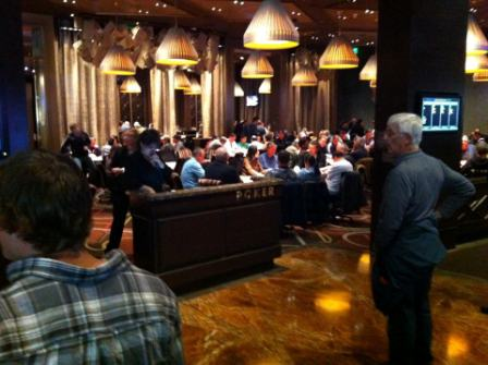 Phil-Ivey-Pokerroom-im-Aria