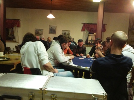 Pokerverein-Rendsburg-gegen-Kieler-Pokervikings